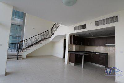 Duplex for Rent in Windsor Manor at Business Bay Dubai