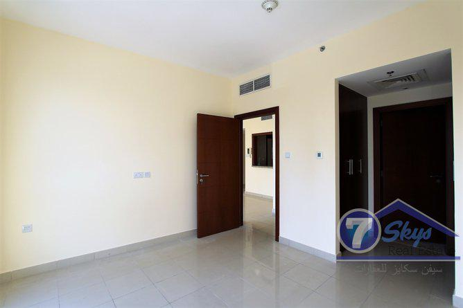 Apartment for Rent in Standpoint Towers at Downtown Dubai - Dubai