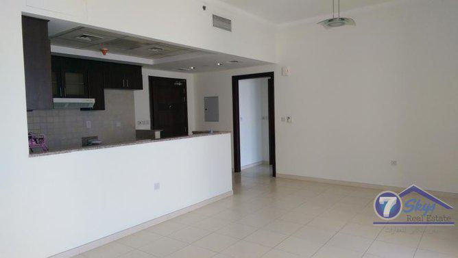 Apartment for Rent in Churchill Towers at Business Bay - Dubai