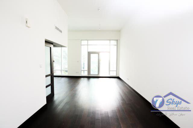 Apartment for Sale in The Lofts at Downtown Dubai - Dubai